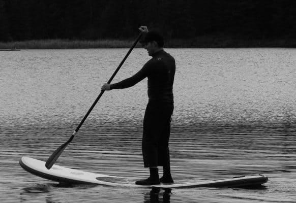 Planche de paddle gonflable qui se plie si il est mal gonflé