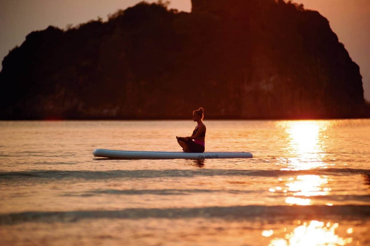 10 raisons d'essayer le SUP Yoga 108